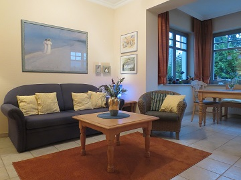 insel usedom ferienwohnung im seebad zinnowitz. Black Bedroom Furniture Sets. Home Design Ideas